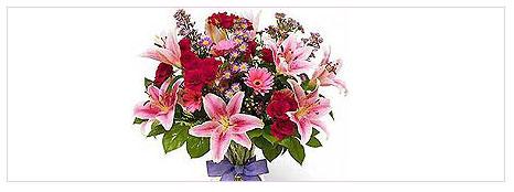 Annelerin çiçekleri hazır