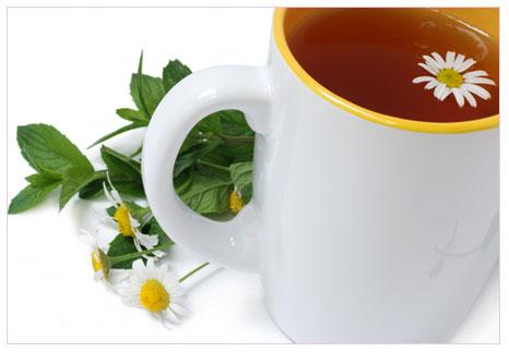 Bitki çayını ilaçla birlikte içmeyin